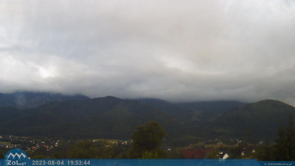 Kościelisko - widok na Czerwone Wierchy i Giewont